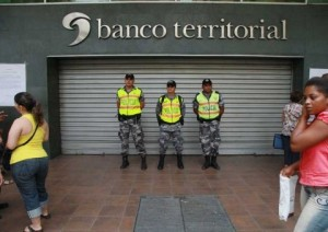 Superintendencia-Bancos-definitivo-Banco-Territorial_ECMIMA20130318_0116_4-480x340