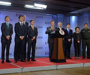 Presidente Santos sanciona ley int 02022016