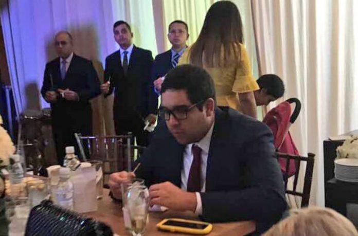 Nicolás Maduro Guerra en una fiesta de la familia Morón en Maracaibo